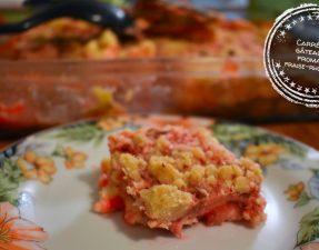 Carrés de gâteau au fromage fraise-rhubarbe - Auboutdelalangue.com