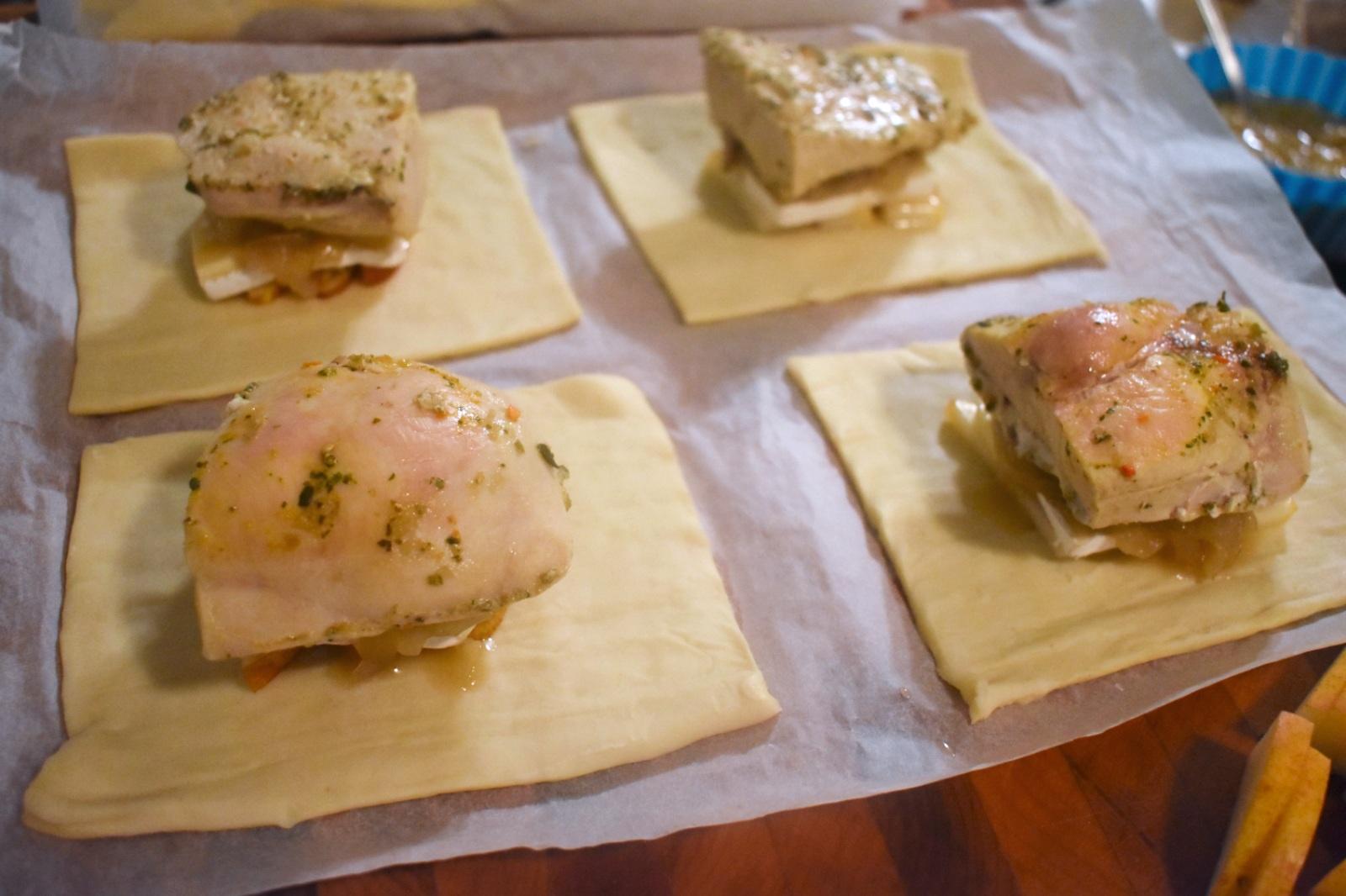 Feuilletés de poulet, brie et poire - Auboutdelalangue.com (6)